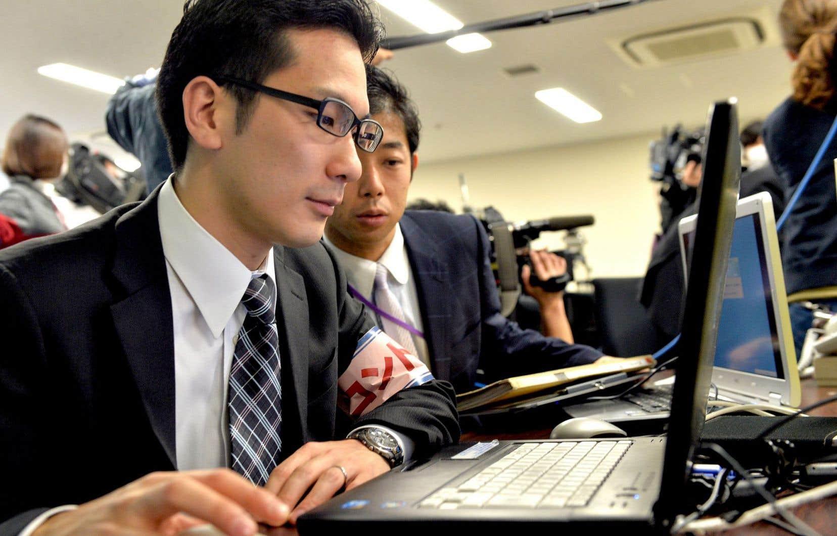 Des fonctionnaires japonais ont participé l'an dernier à une simulation de cyberattaque.