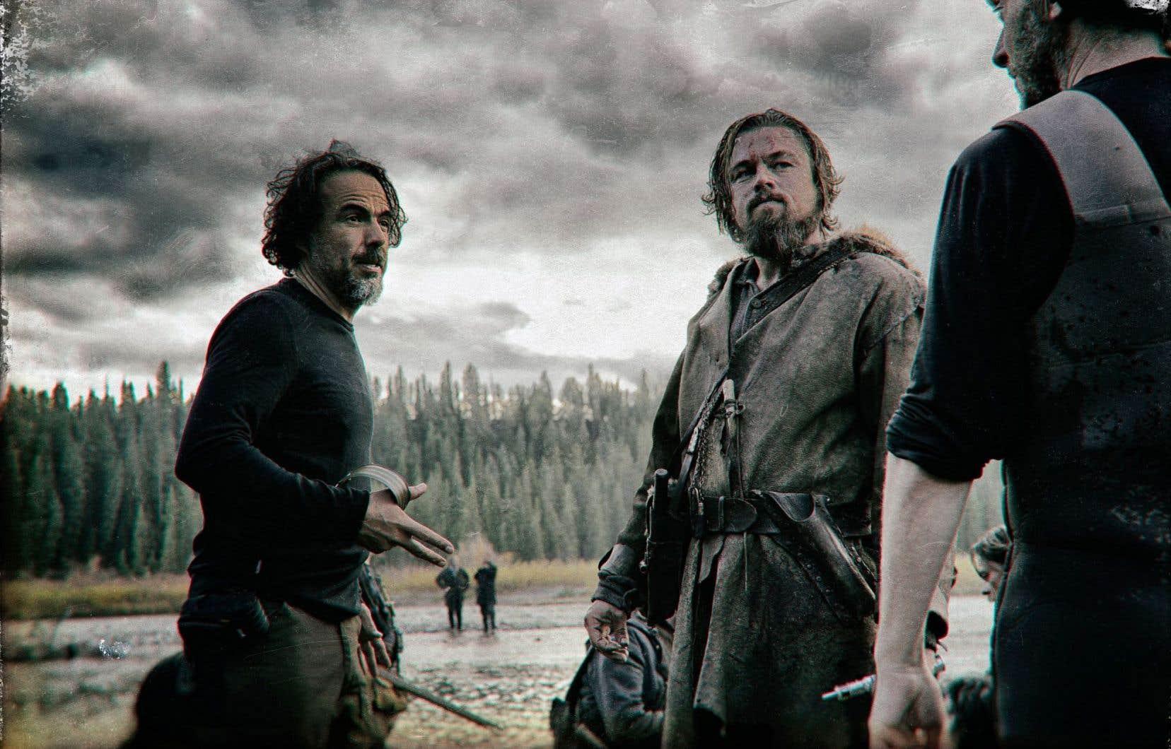 Alejandro González Iñárritu sur le plateau du «Revenant» avec son acteur Leonardo DiCaprio