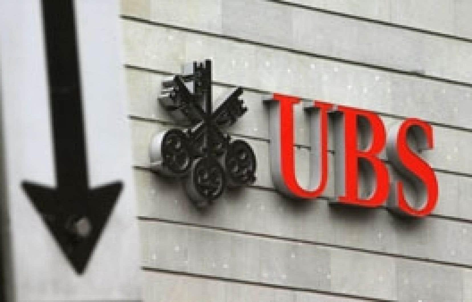 Selon un des plus influents banquiers privés suisses, Ivan Pictet, «le secteur financier, au lieu de représenter environ 12 % du PIB, n'en représenterait alors peut-être que 6 à 7 %», si était abandonnée la distinction entre l'évasion et la