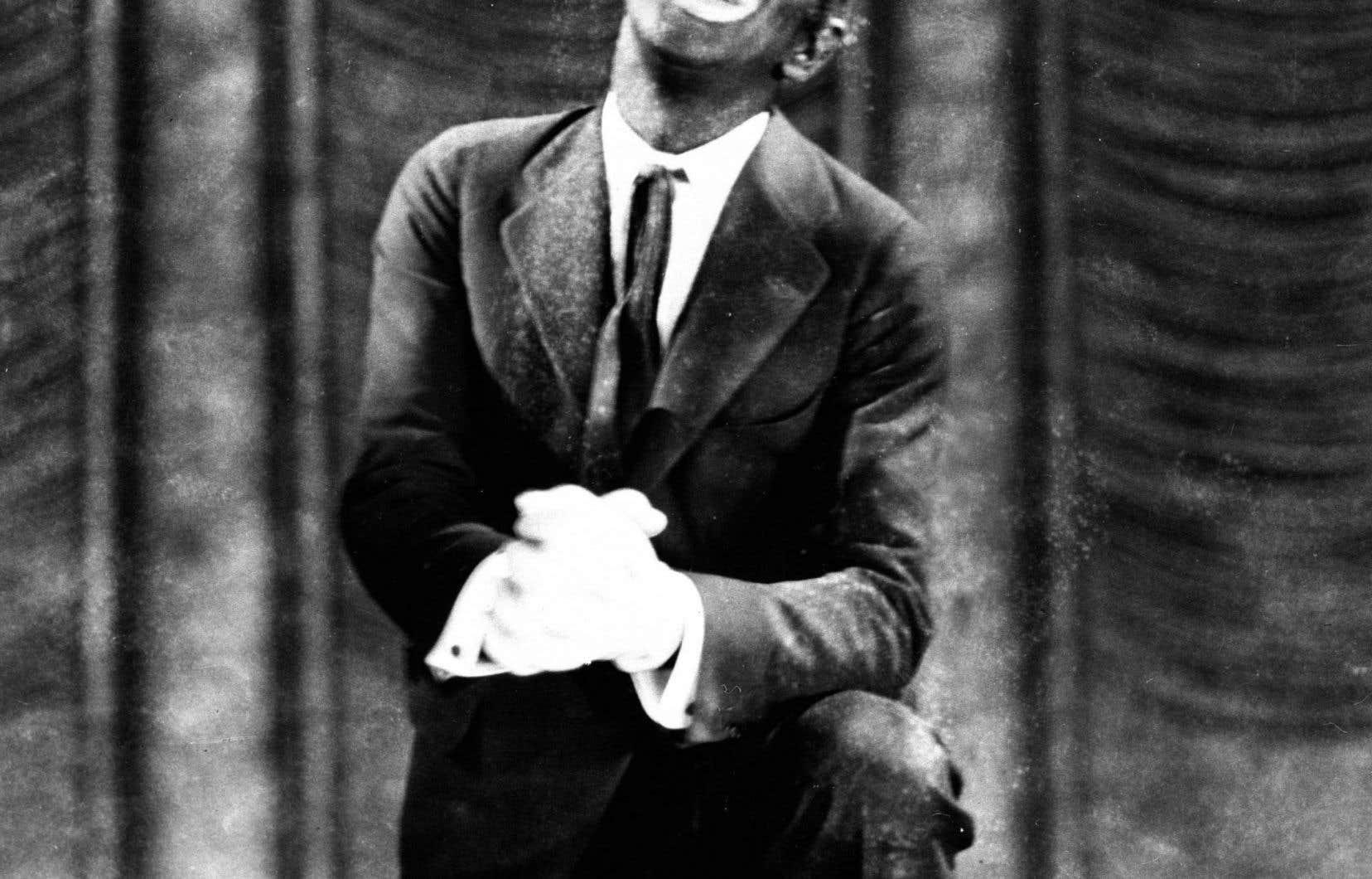 « Il est capital de bien comprendre que le Blackface personnifiait un être générique sans identité, sans personnalité, sans dignité humaine», écrit l'auteur. Ci-dessus, le comédien Al Jolson, maquillé en noir pour le film «The Jazz Singer», en 1927.