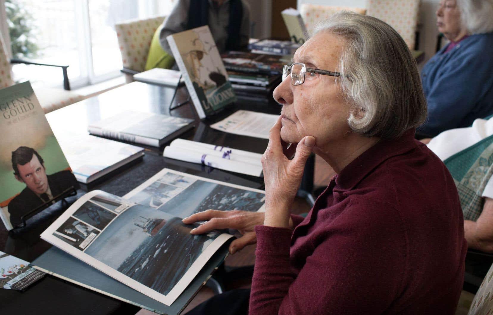 L'Association des libraires du Québec a organisé cette activité pour faciliter l'accès à la lecture chez les personnes âgées.