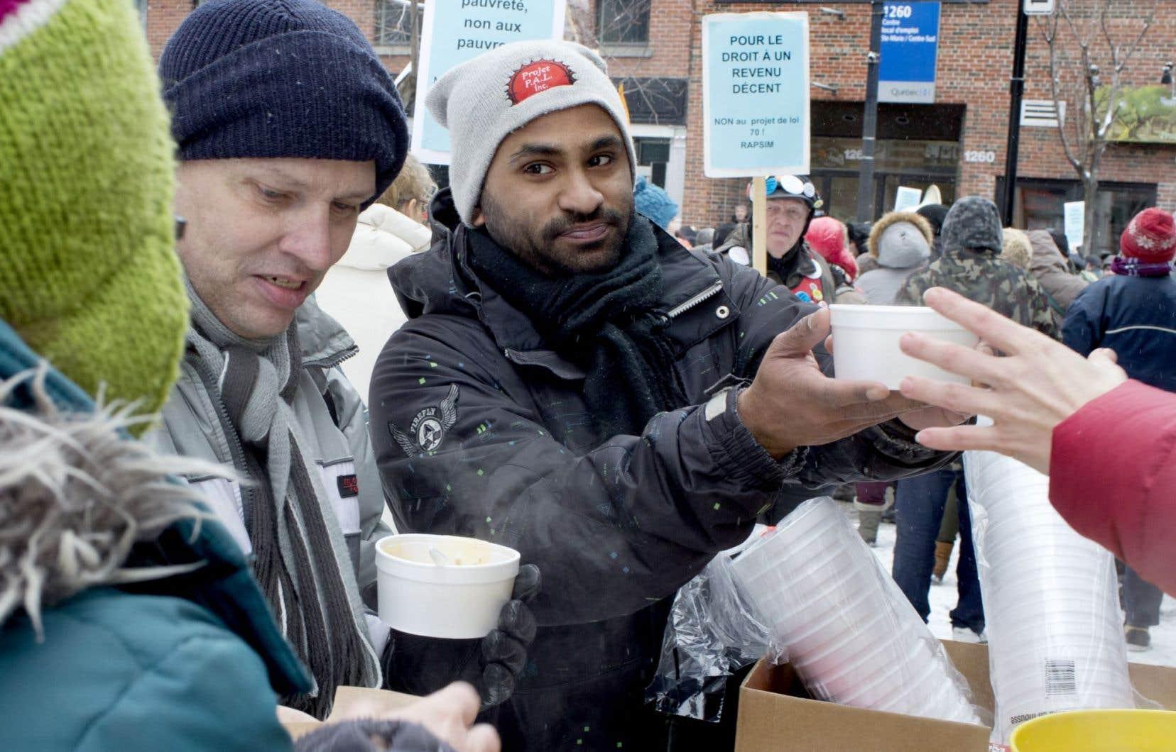 Des dizaines de manifestations ont eu lieu mercredi au Québec pour dénoncer les mesures du projet de loi 70.