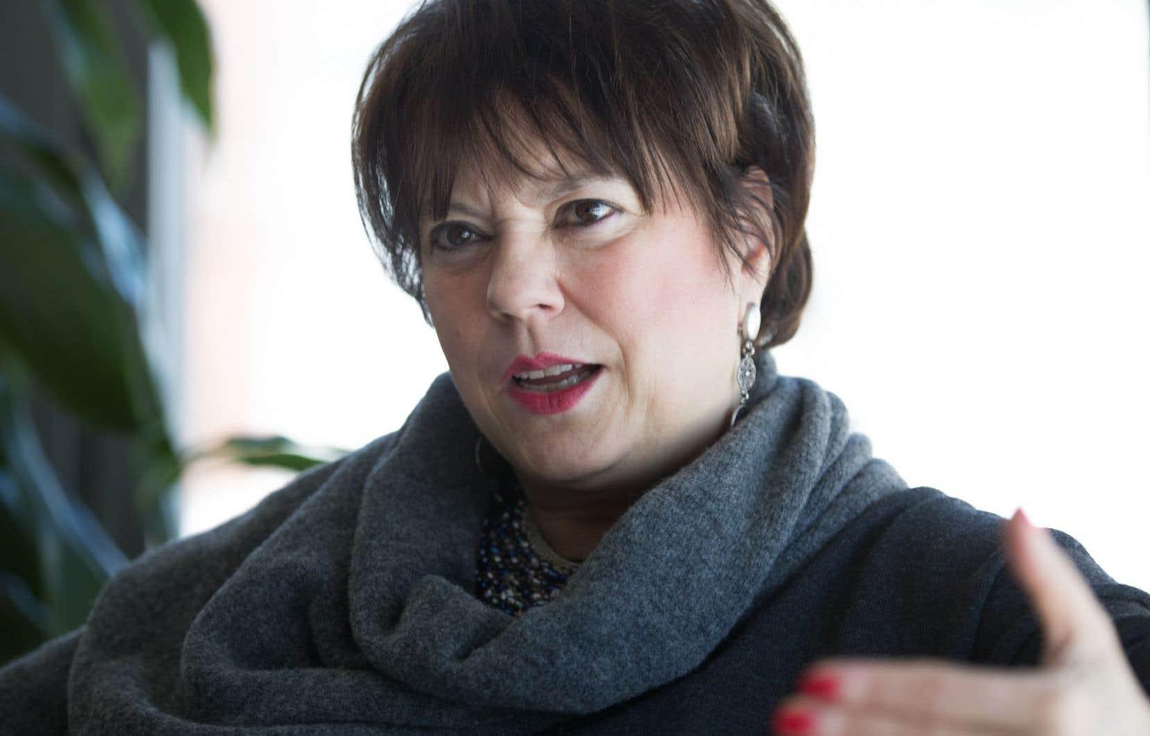 La ministre Hélène David affirme qu'elle fera du patrimoine un volet important de la nouvelle Politique culturelle qu'elle promet pour 2017.