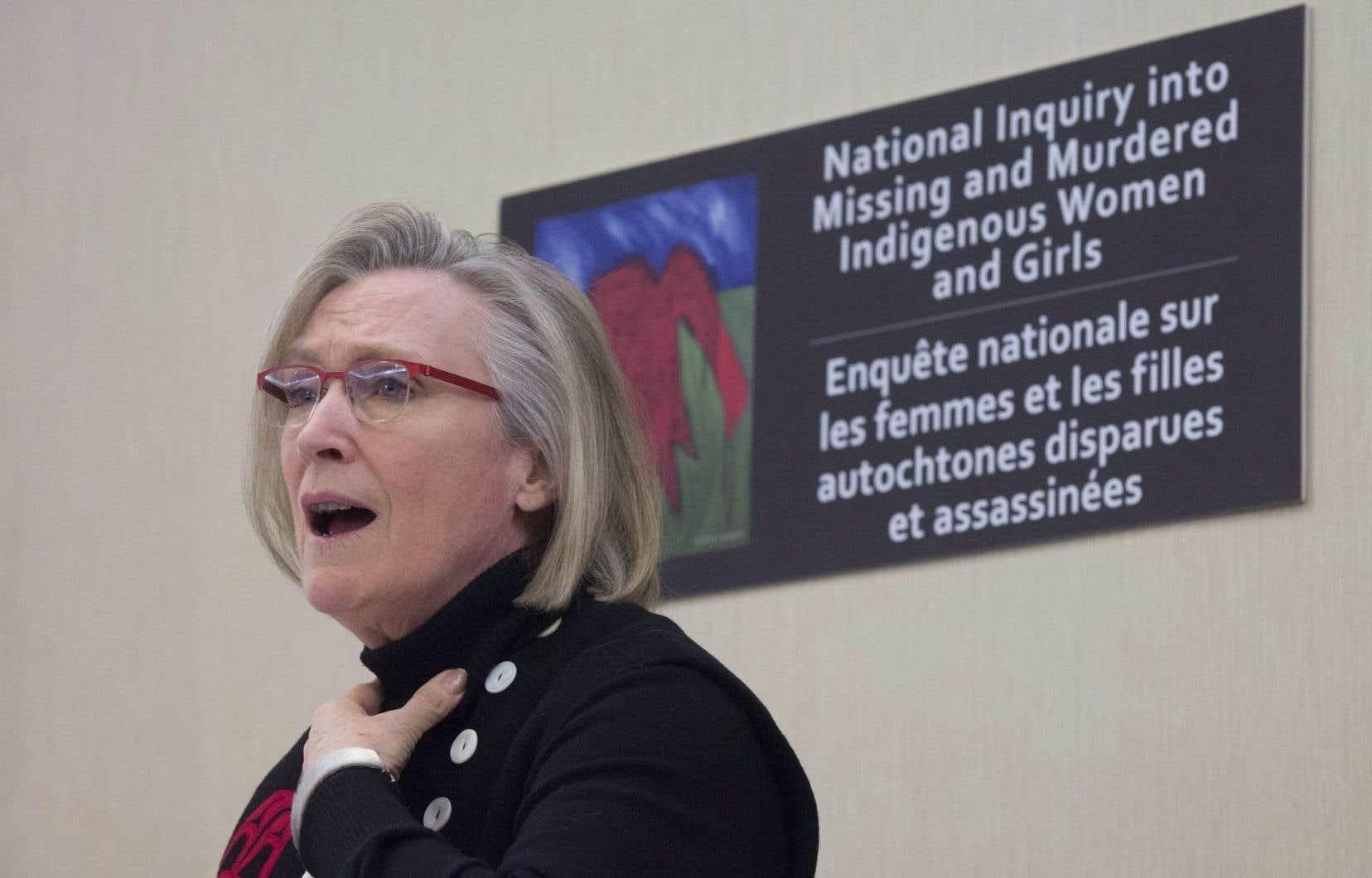 L'ampleur et la profondeur réelles de la tragédie sont plus importantes que ce que l'on croyait, a dit la ministre Carolyn Bennett.