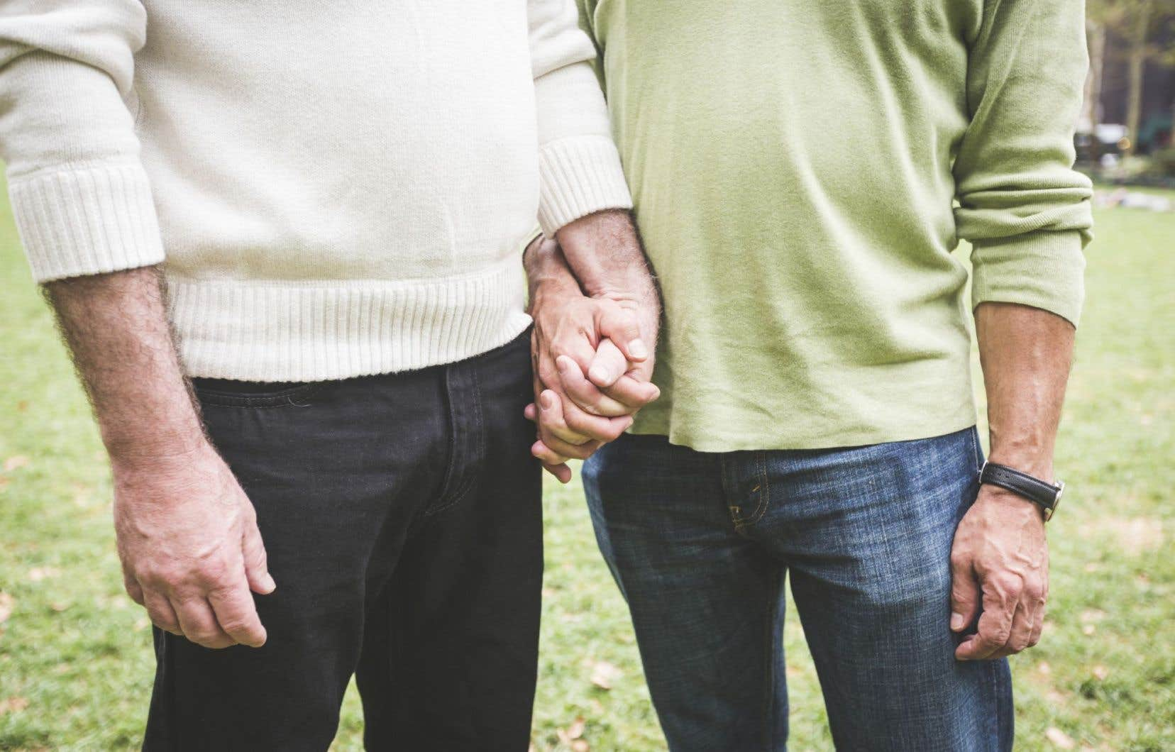 Dans les grands combats menés par les personnes LGBT, il y a certainement eu celui de déconstruire cette fausse perception qui associait l'homosexualité à la déviance sexuelle et à la pédophilie.
