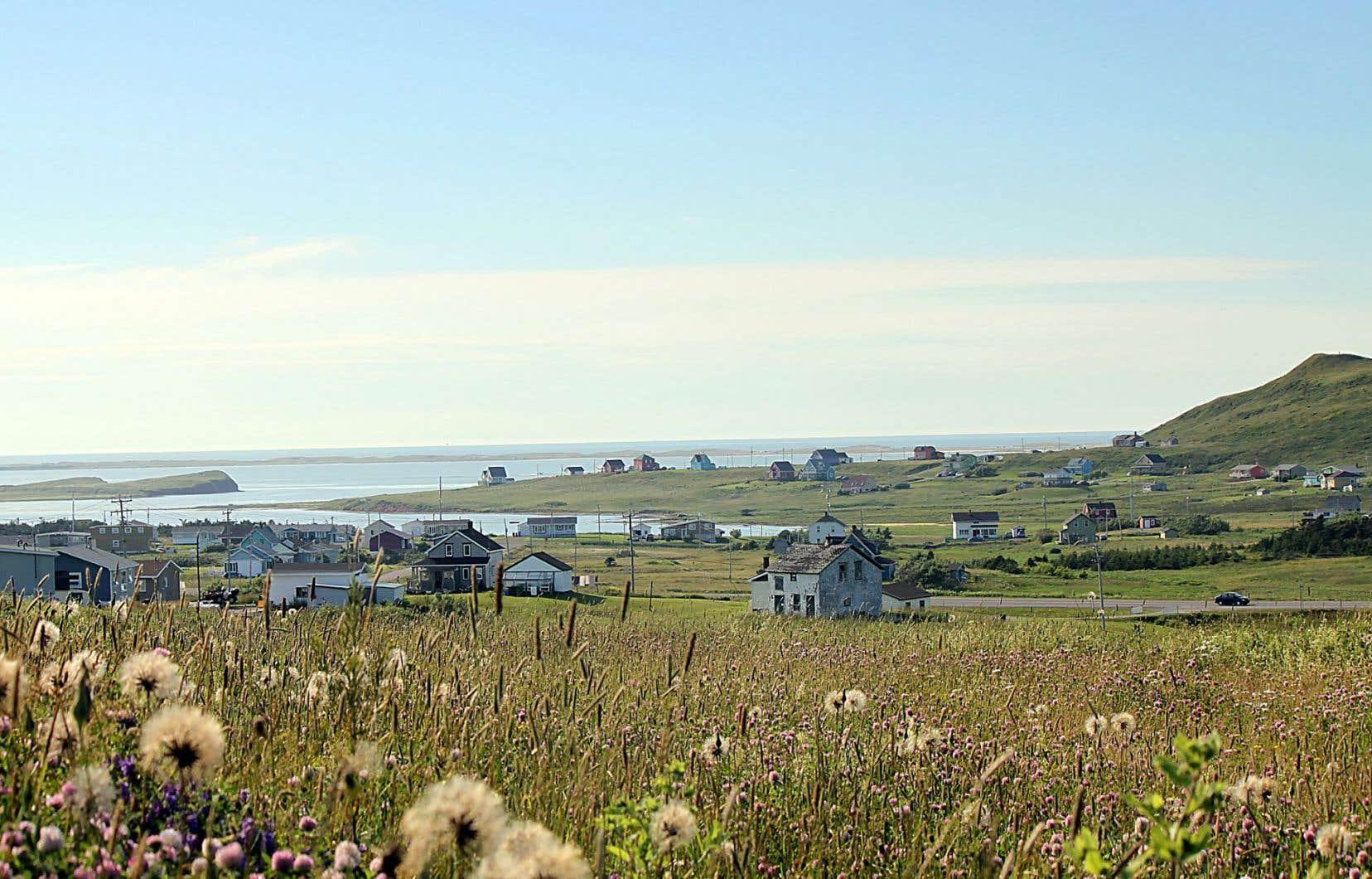 Les visiteurs chercheront en vain un panneau indicateur du Buttereau-du-Nègre, puisque le nom n'apparaît que sur une carte de L'Amirauté des années 1920... Ci-dessus, un paysage des Îles.