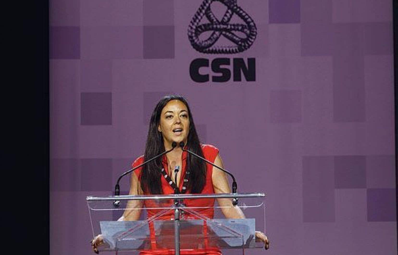 «Même si le gouvernement a signé une entente avec les garderies, il n'y a rien de réglé», s'indigne en entrevue la vice-présidente de la CSN, Véronique De Sève.