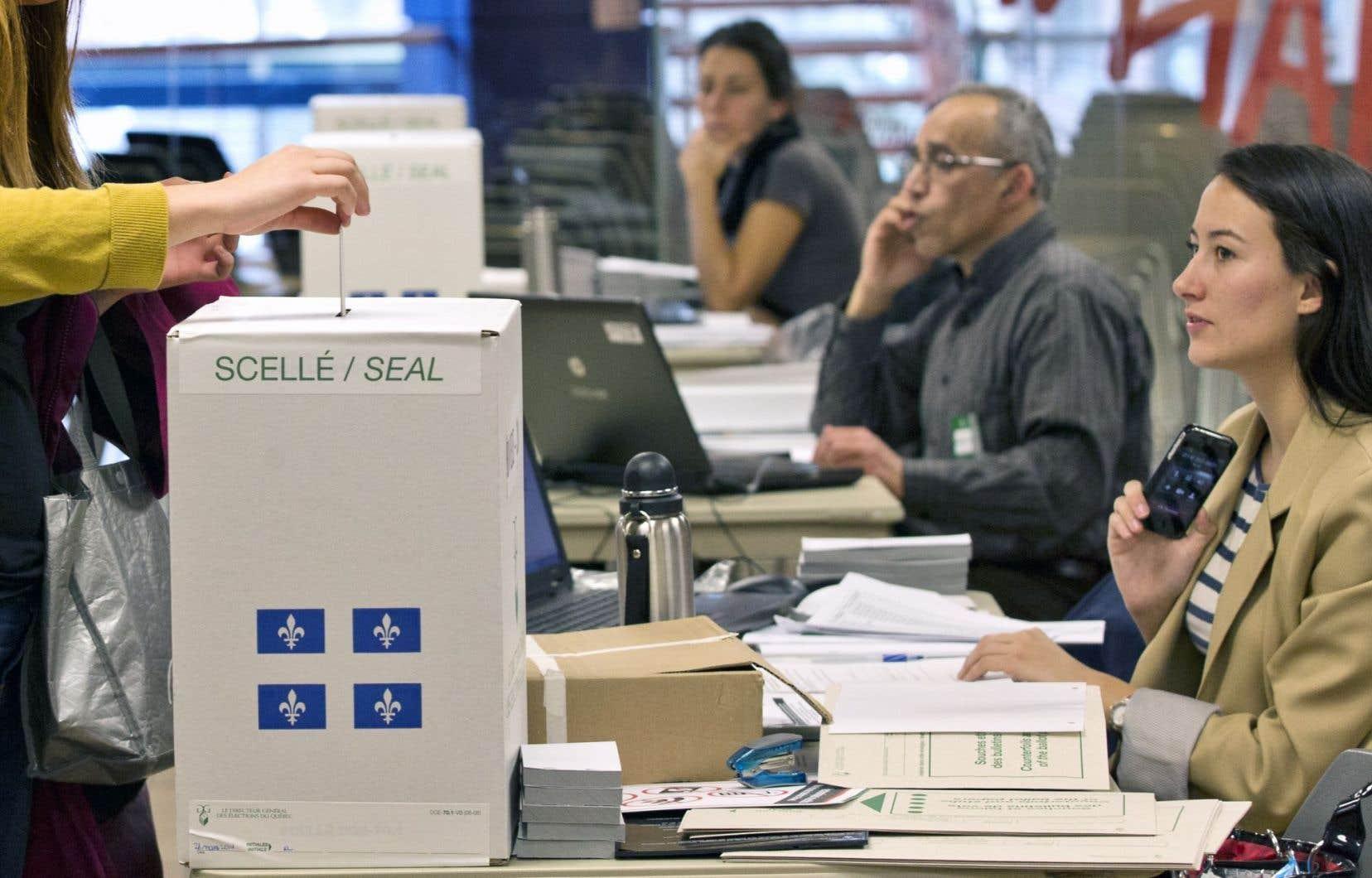 Le Parti québécois, la Coalition avenir Québec et Québec solidaire ont tour à tour pris position en faveur d'une réforme du mode de scrutin.