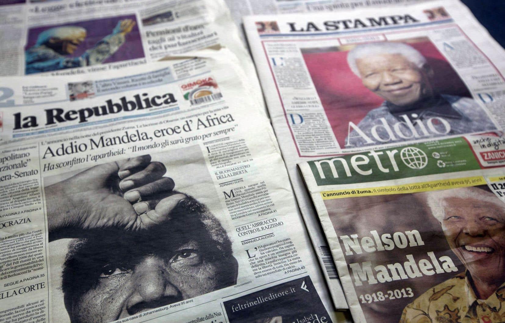 Journaux italiens en kiosque