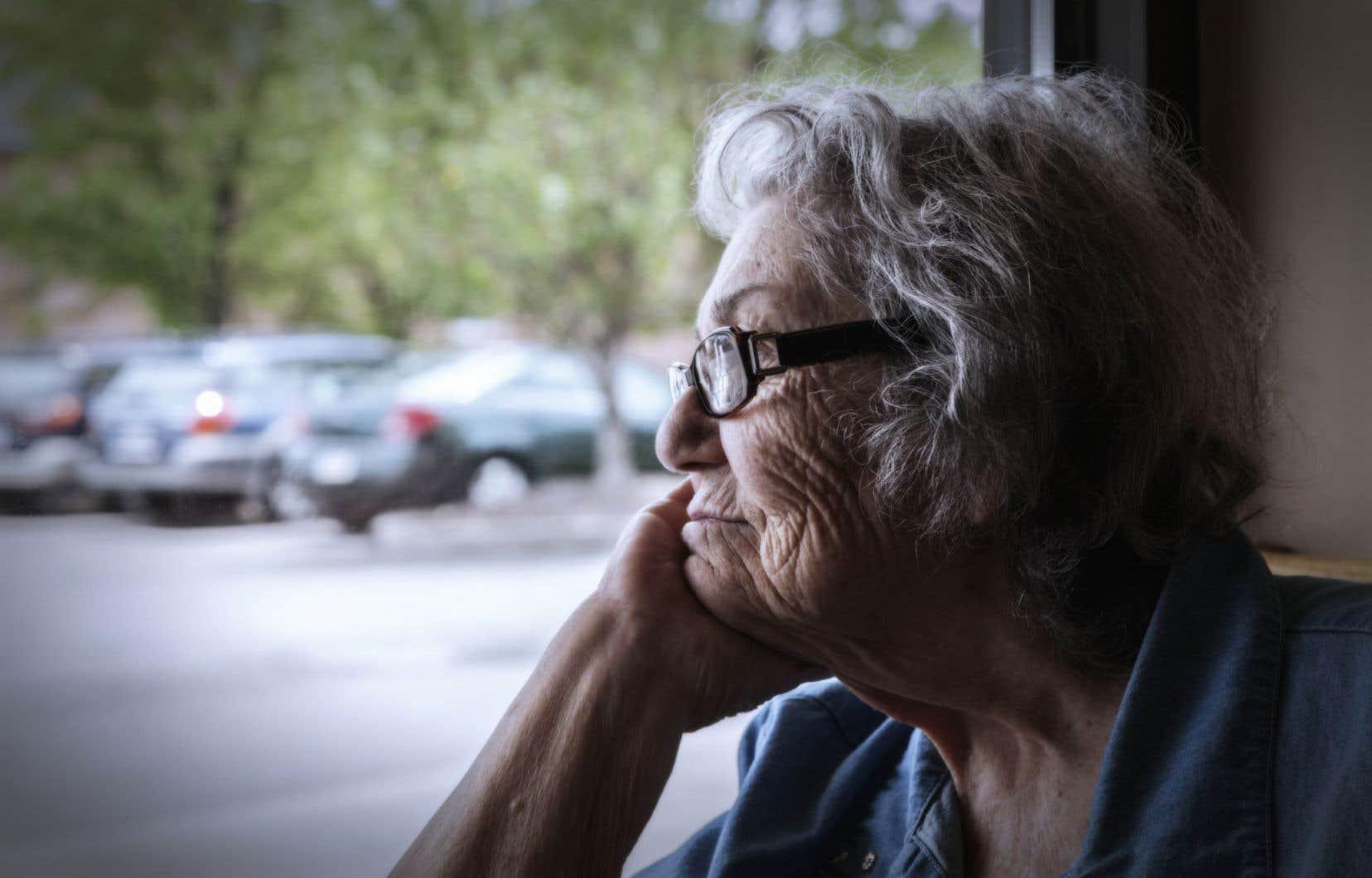 Selon la Société canadienne d'hypothèques et de logement, plus de 112000 Québécois âgés de plus de 65ans (8%) habitent dans plus de 1300 résidences pour aînés.