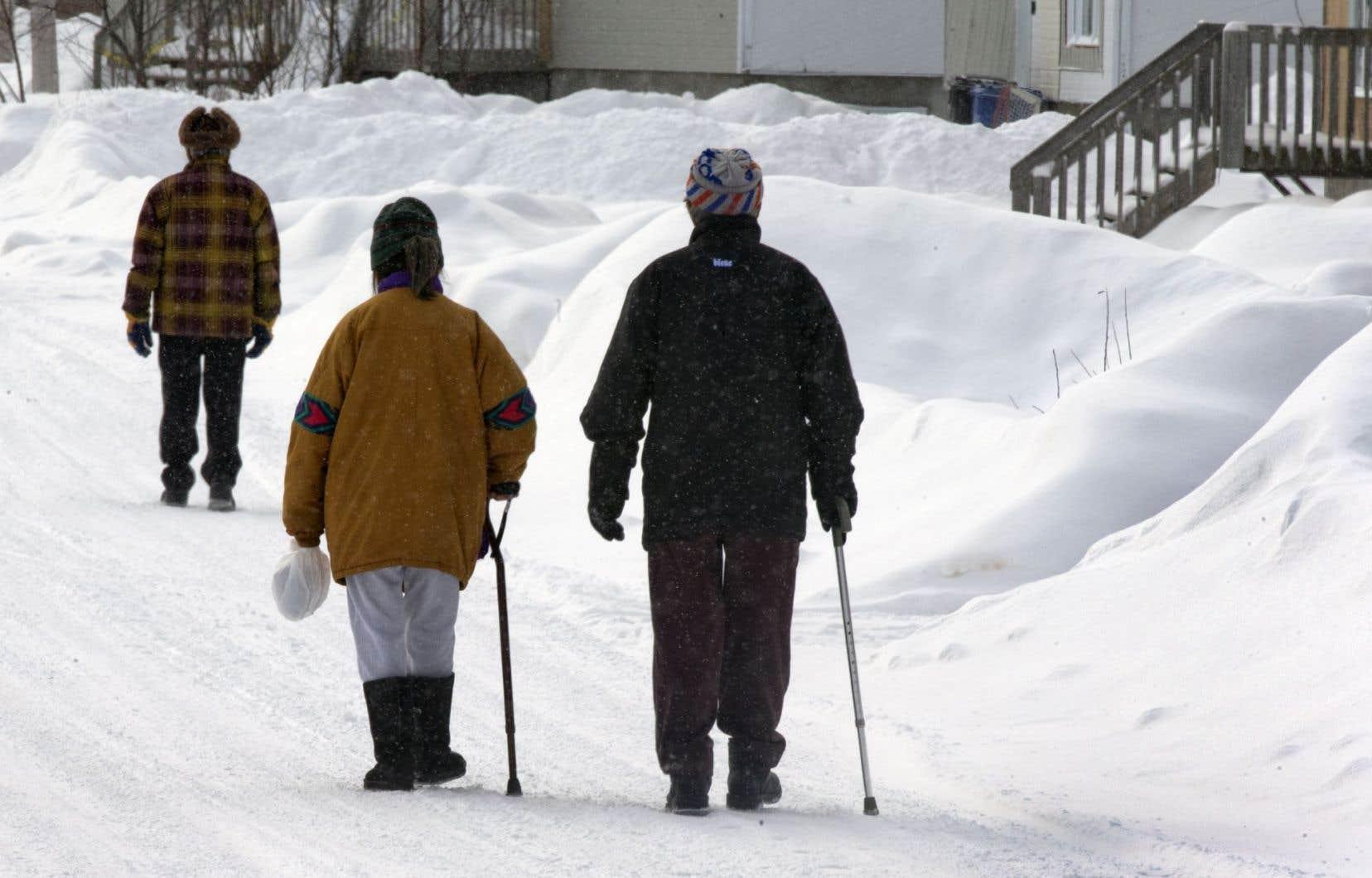 Les Canadiens les plus vulnérables, dont les femmes, les autochtones, les itinérants et les personnes handicapées, notamment, ont souffert de la baisse relative du financement des programmes sociaux, selon l'ONU.