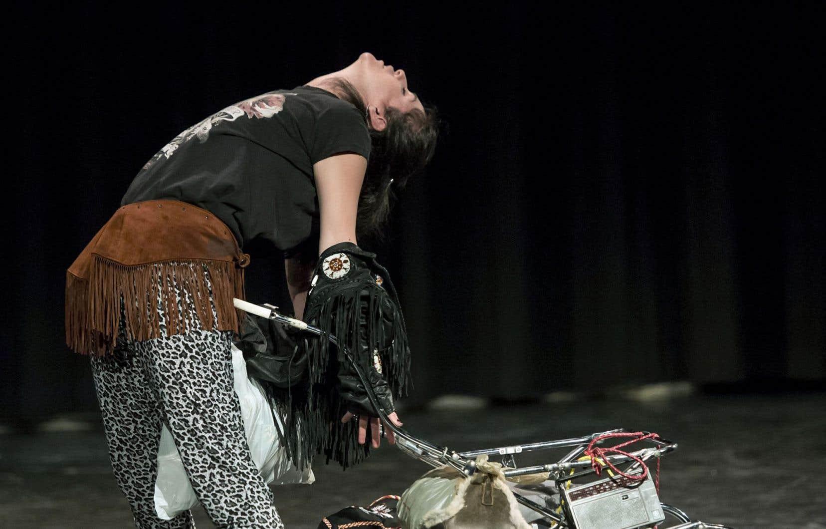 Karina Iraola, l'une des deux performeuses qui joueront dans «Native Girl Syndrome».