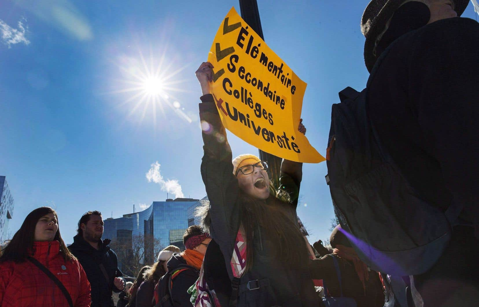 Le 18 février dernier, des étudiants franco-ontariens se sont réunis à Toronto pour réclamer la construction d'une université francophone.