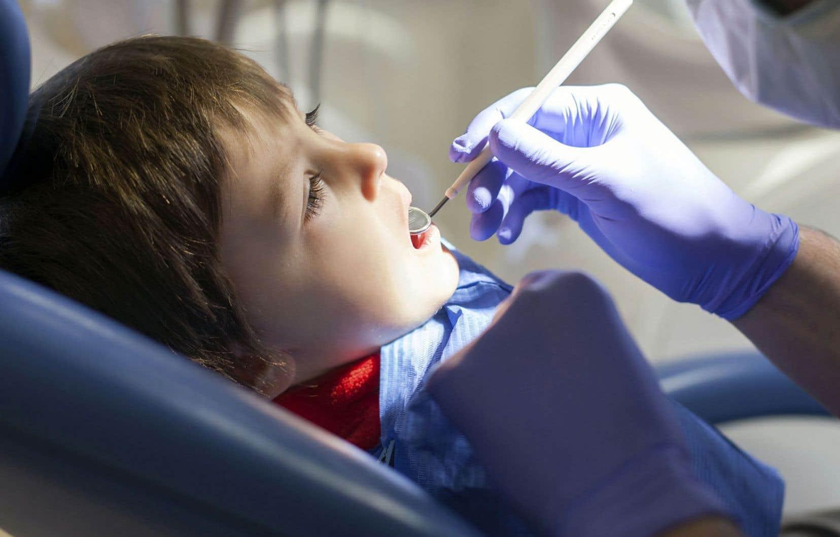 Au départ, seuls les étudiants en orthopédagogie étaient impliqués, mais rapidement, les élèves de l'École d'optométrie et de la Faculté de médecine dentaire se sont investis.