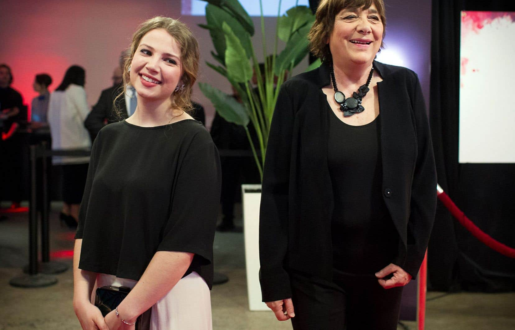 Léa Pool a reçu les prix du meilleur film et de la meilleure réalisation pour «La passion d'Augustine». Lysandre Ménard (à gauche) était en nomination pour la meilleure actrice de soutien dans le même film, mais c'est sa collègue Diane Lavallée qui a remporté la statuette.