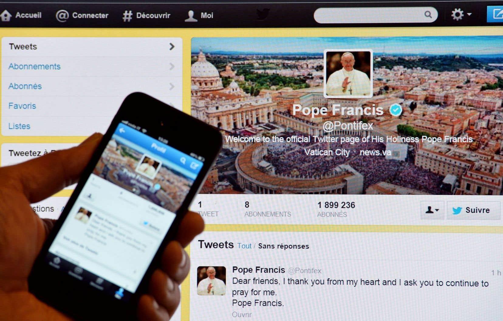 Le compte Twitter du pape François est suivi par des millions de personnes à travers le monde.
