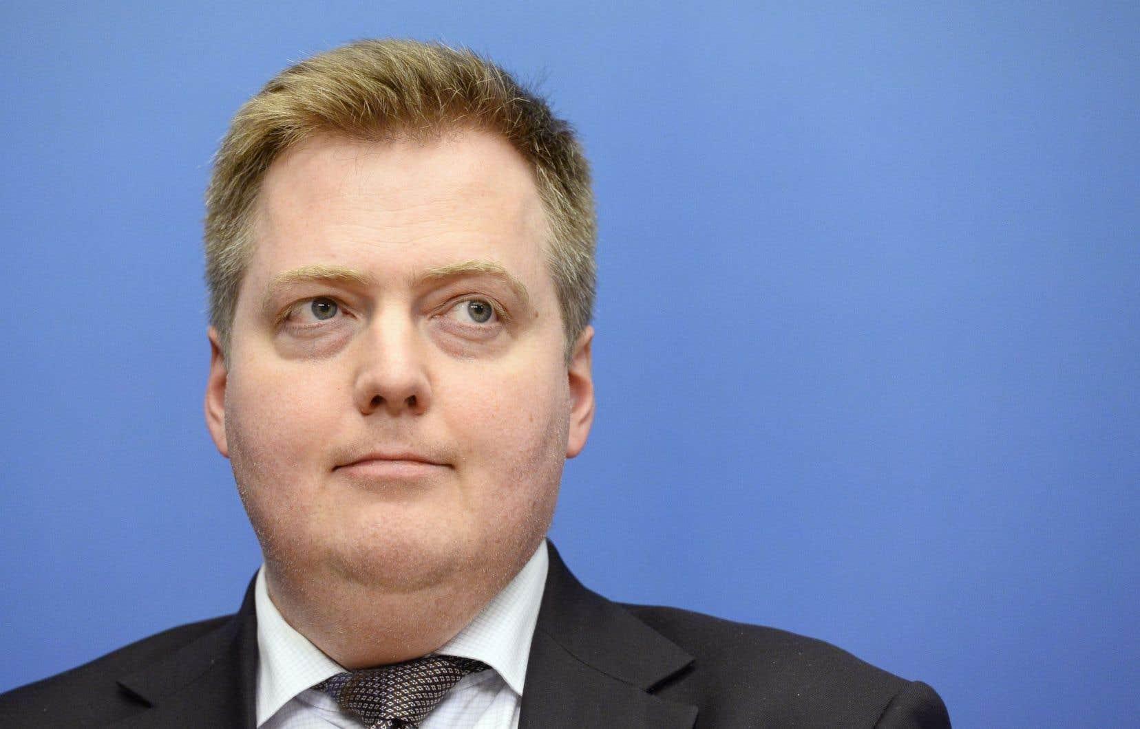 Premier haut dirigeant emporté par le scandale des Panama Papers, le premier ministre islandais Sigmundur David Gunnlaugsson a démissionné mardi.
