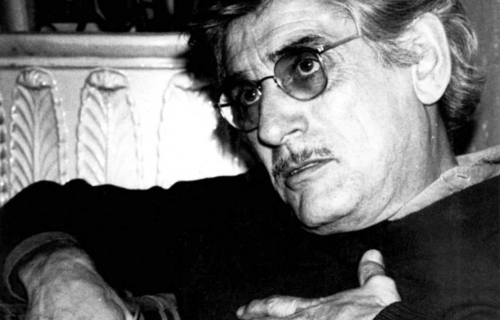 Gilles Carle était à la fois cinéaste, scénariste, producteur, réalisateur publicitaire et peintre. Il est décédé samedi des suites de la maladie de Parkinson qui l'avait laissé diminué depuis des années.