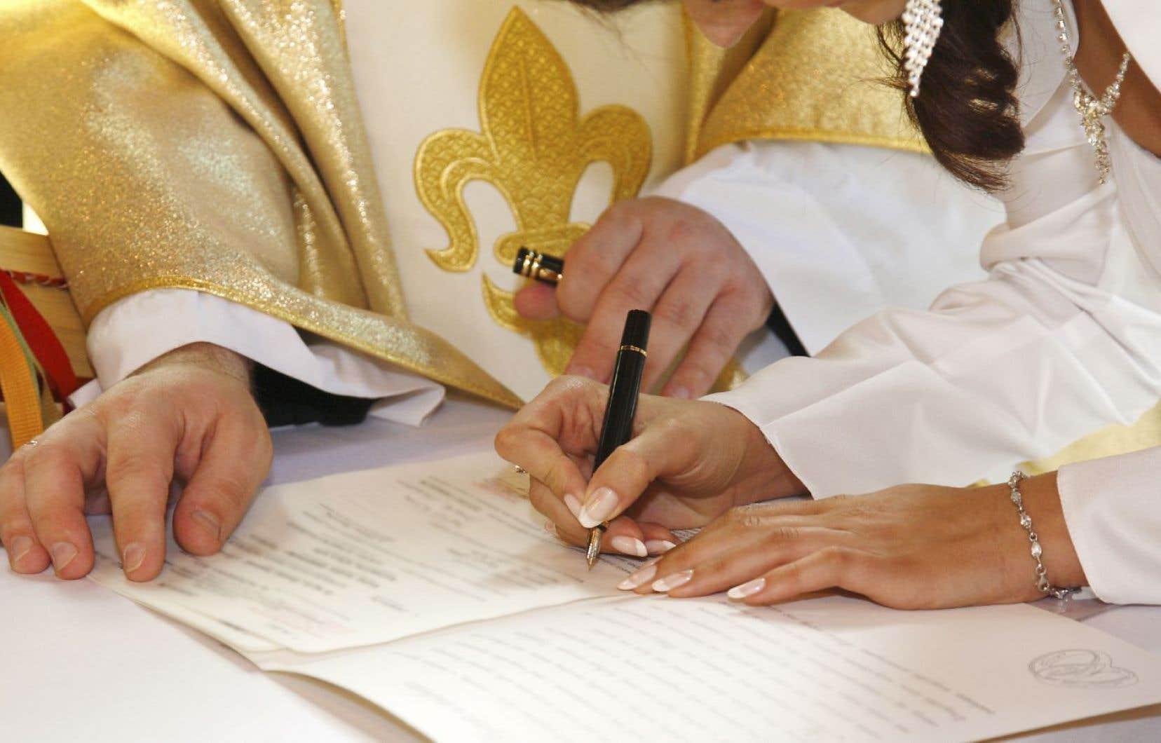 L'État n'a rien à voir dans l'encadrement des cérémonies religieuses, estime Québec.