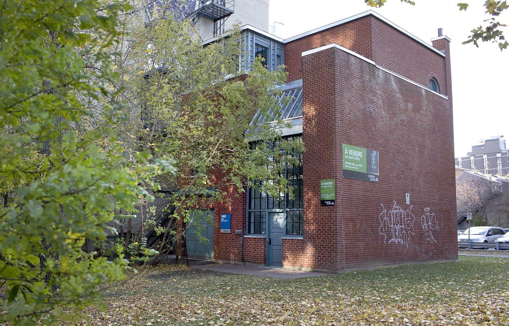 Situé au 3460, rue Saint-Urbain, le studio Ernest-Cormier a été construit en 1921.