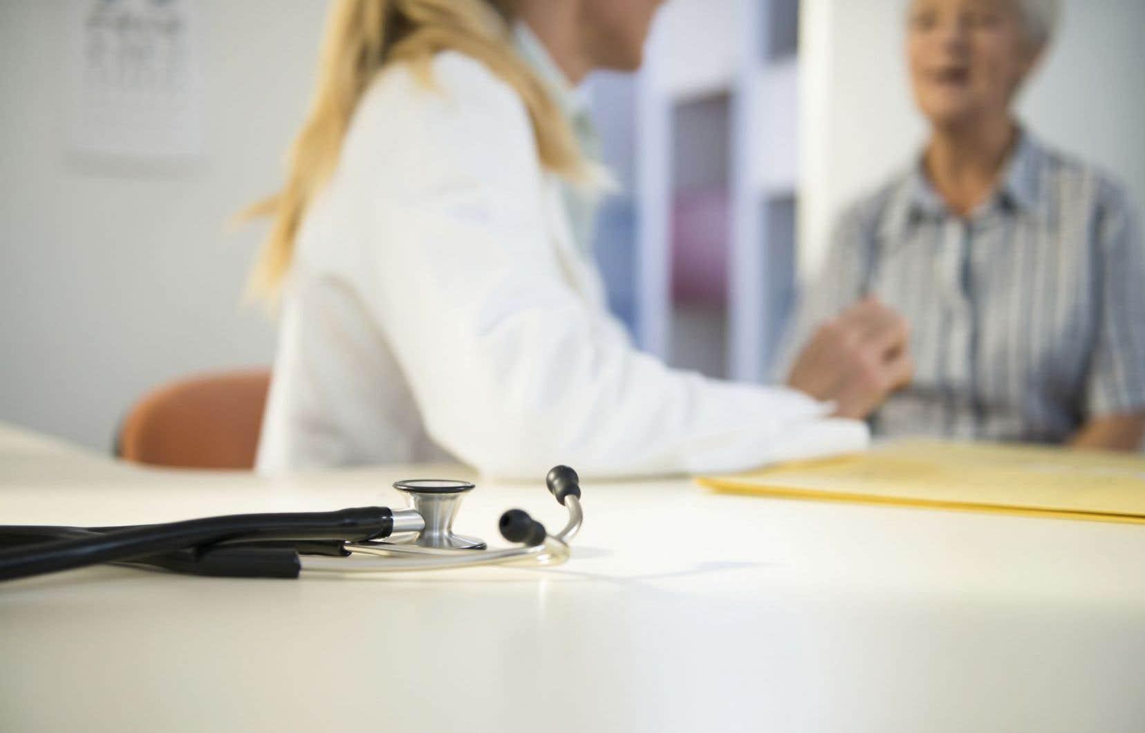 Le RPCU souhaite que Québec ouvre davantage de cliniques supervisées par des infirmières praticiennes spécialisées.
