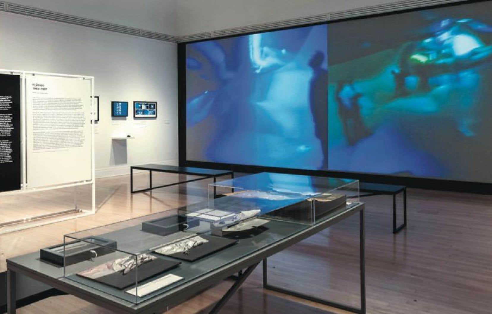 Vue de l'exposition «Archéologie du numérique. Environnements virtuels, objets interactifs, 2014»
