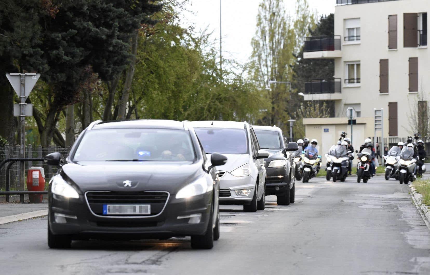 C'est sous bonne escorte que Salah Abdeslam a été conduit à la prison.