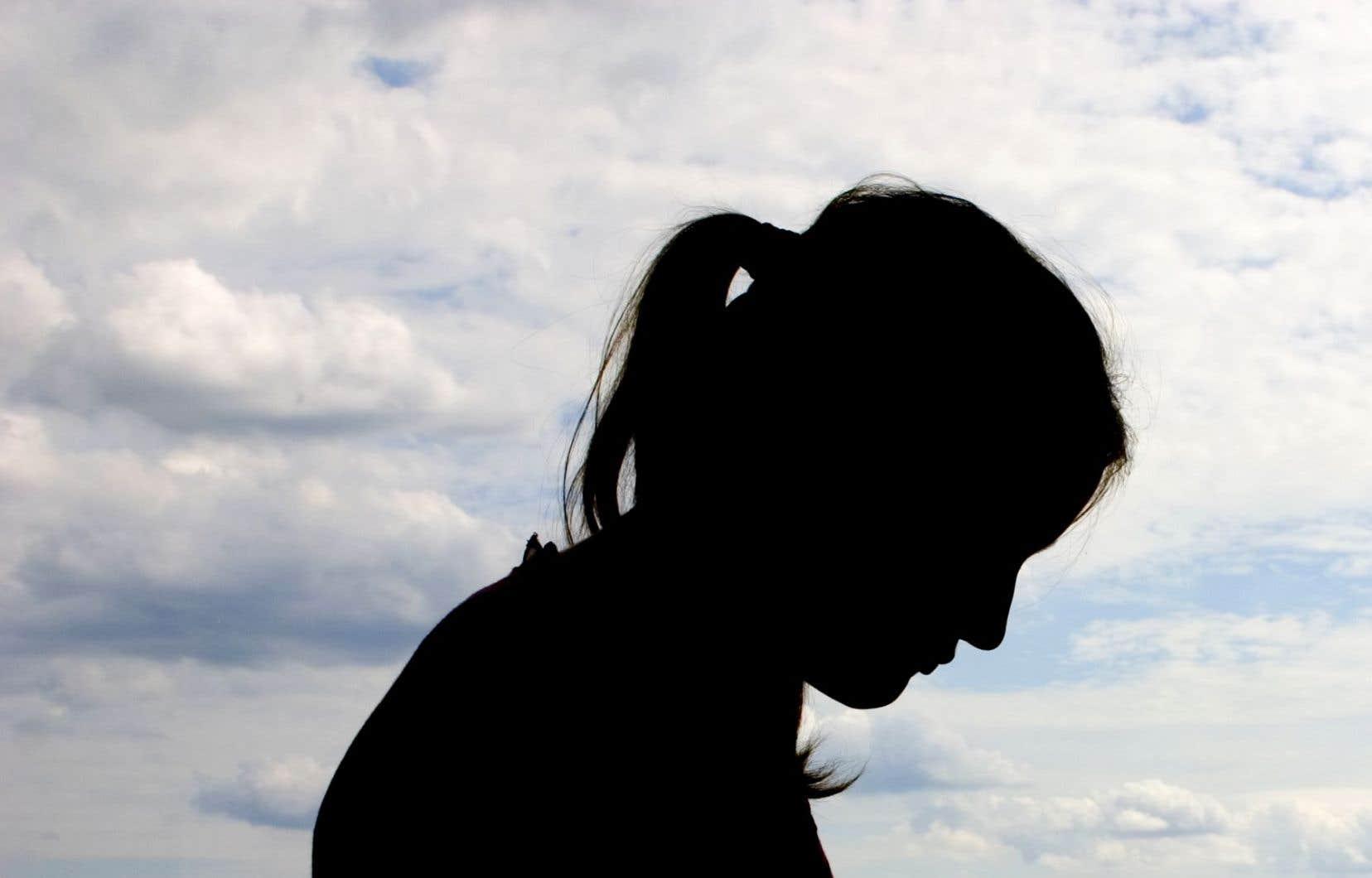 Les plus récentes données produites par la Fédération des maisons d'hébergement pour femmes (FMHF) démontrent qu'au moins 8000 femmes victimes de violence se sont vu refuser l'accès à des refuges en 2014-2015.