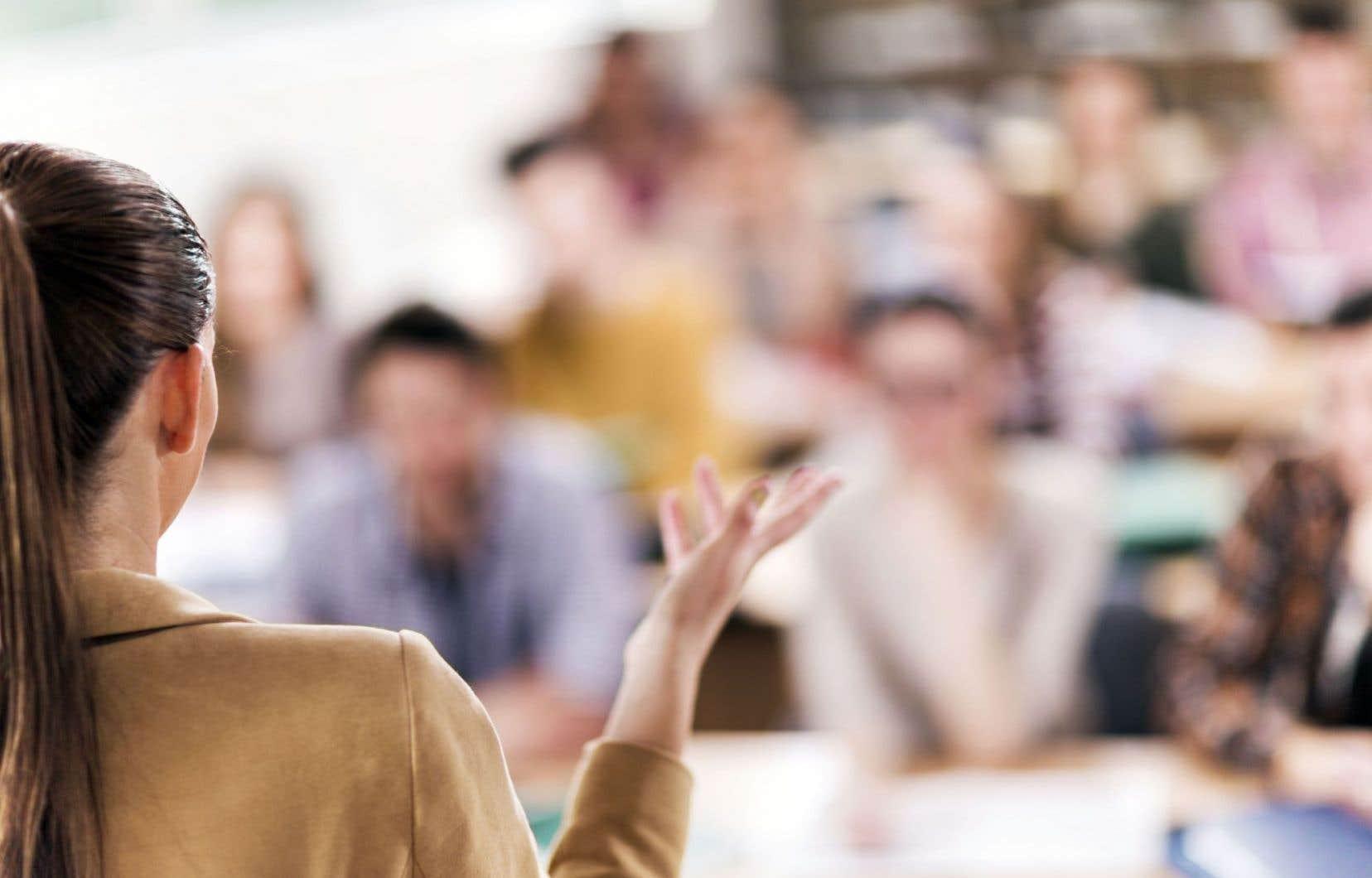 Le congrès est un point de rencontre entre les générations de chercheurs. « Pour plusieurs étudiants de la maîtrise et du doctorat, l'Acfas est une porte d'entrée dans le monde des congrès et des colloques. C'est là qu'ils présentent pour la première fois leurs résultats […]. C'est un excellent exercice de vulgarisation. »