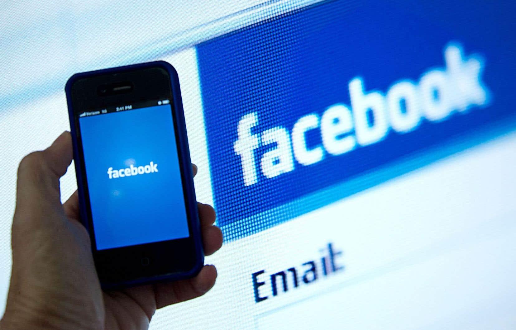 Facebook affirme être «un service où l'ensemble du spectre politique peut s'exprimer, par les personnes et leurs idées».