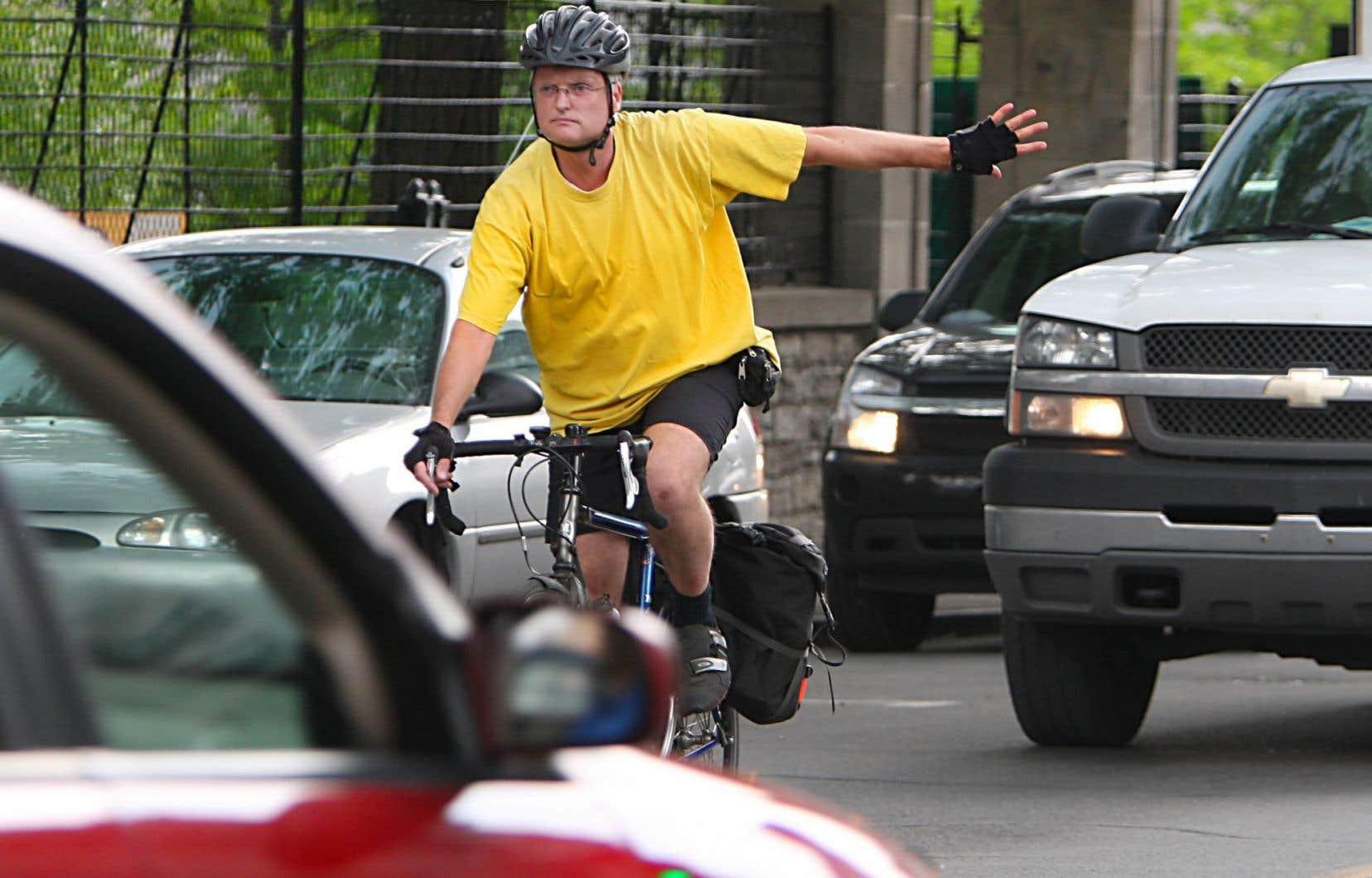 La modification apportée au Code de la sécurité routière introduit le principe d'une « distance raisonnable » pour tout dépassement et prévoit une amende plus salée pour les cas d'emportiérage.