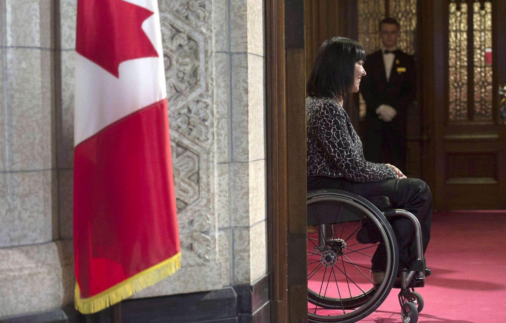 L'athlète paralympique explique que son handicap l'a mise en contact avec des gens lourdement handicapés qui voulaient avoir une option en cas de détérioration de leur état. Elle sait d'expérience la frustration qu'on peut ressentir de ne pouvoir faire une chose par soi-même.