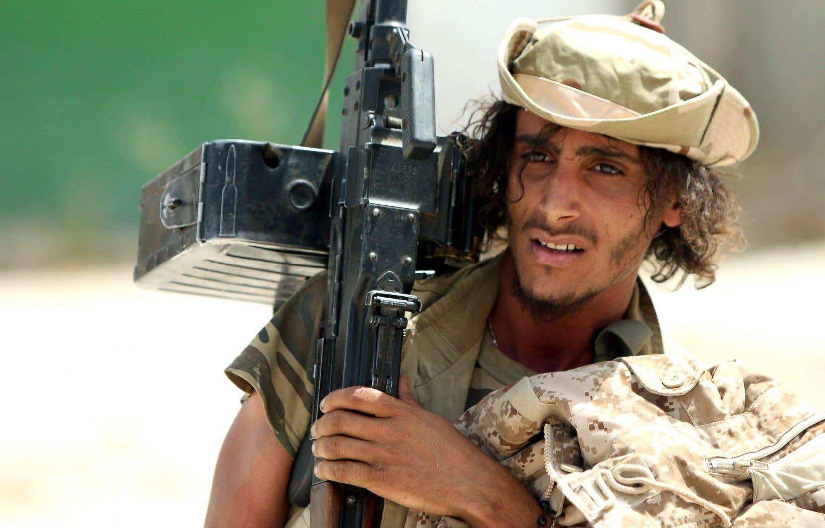 Des miliciens de l'est de la Libye refusent de prêter allégeance au gouvernement d'union, basé dans l'ouest du pays.
