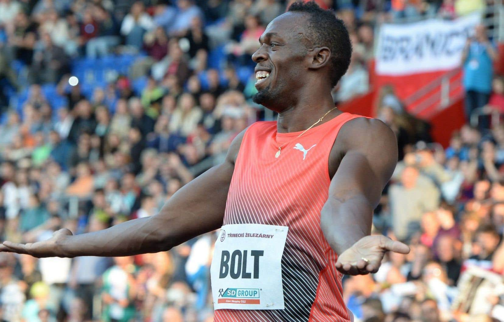 Après sa première course de la saison, Usain Bolt a eu besoin de soins pour une contracture à un ischio-jambier en Allemagne en route pour la République tchèque.