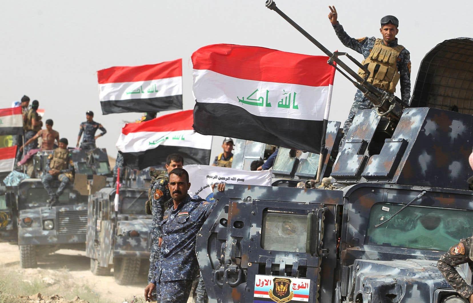 En Irak, près de la frontière avec la Syrie, les forces irakiennes resserraient mardi le siège autour de Fallouja.
