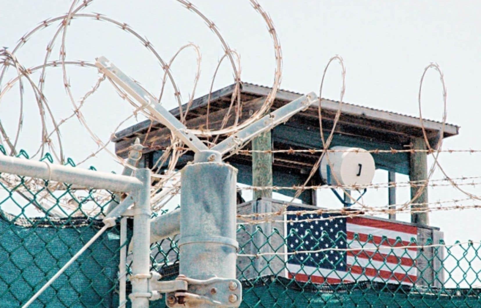 Une des tours de garde de la célèbre prison.