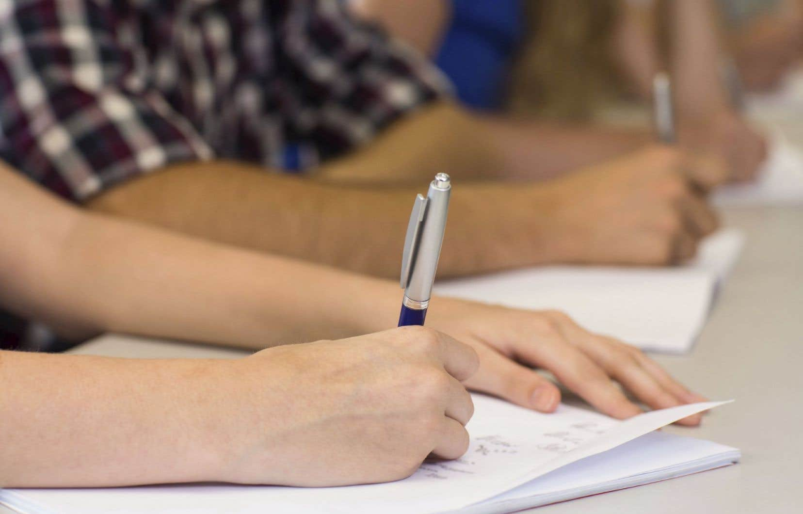 Outre le problème de temps, plusieurs professeurs parlent de « pièges exagérés » dans certaines parties de l'examen.