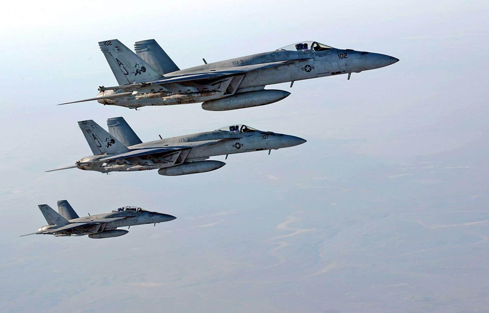 Des Super Hornet américains au-dessus de l'Irak en 2014