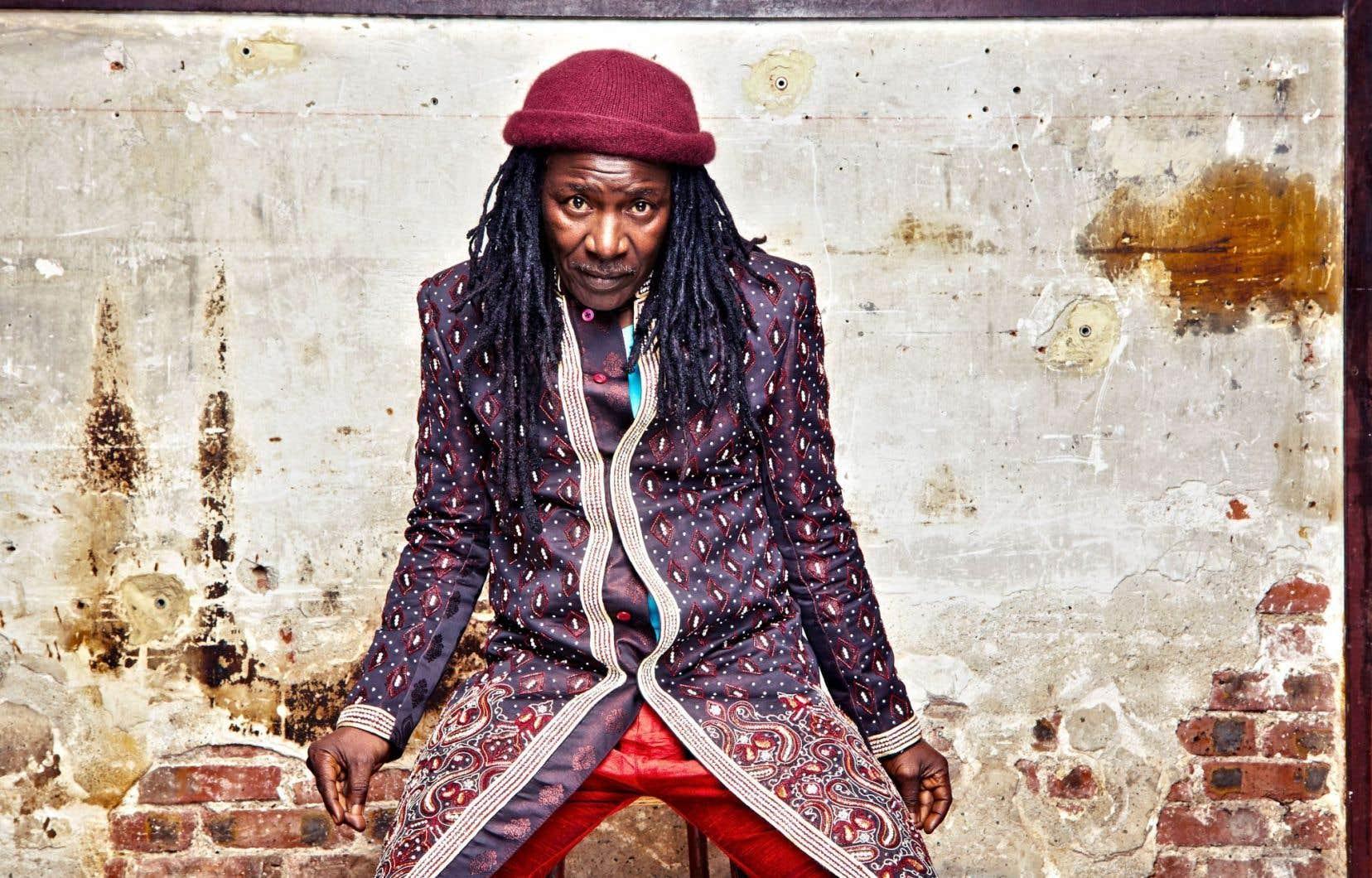 L'Ivoirien Alpha Blondy, le premier à avoir introduit une langue africaine dans le reggae.