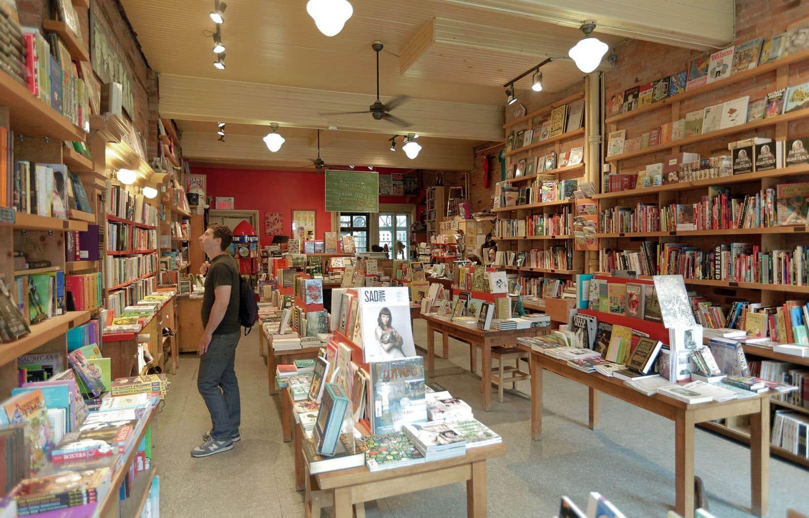 Alors que les ventes globales de livres ont diminué ces dernières années, la fréquentation des librairies indépendantes est en hausse.