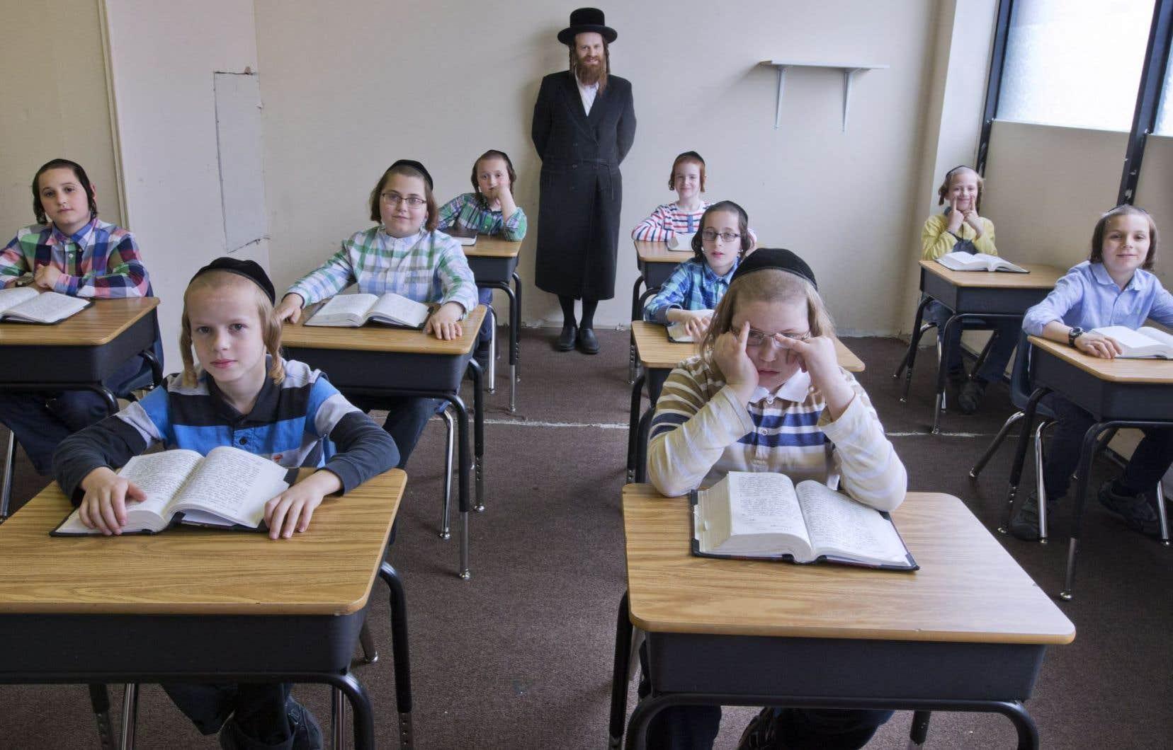 Le DPJ est intervenu à nouveau dans l'école religieuse clandestine de la communauté montréalaise des Vitznitz,mercredi. L'opération n'a duré qu'une petite heure.