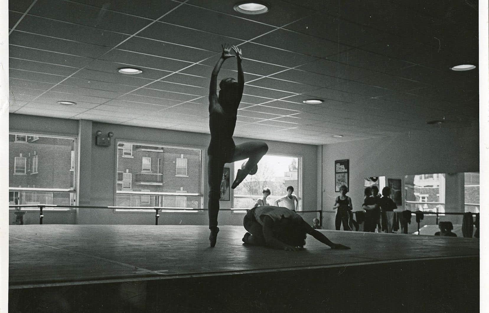 Hae-Shik Kim et Alexandre Belin en répétition dans le studio de la rue Queen-Mary des Grands Ballets canadiens, pour la production «Tommy»
