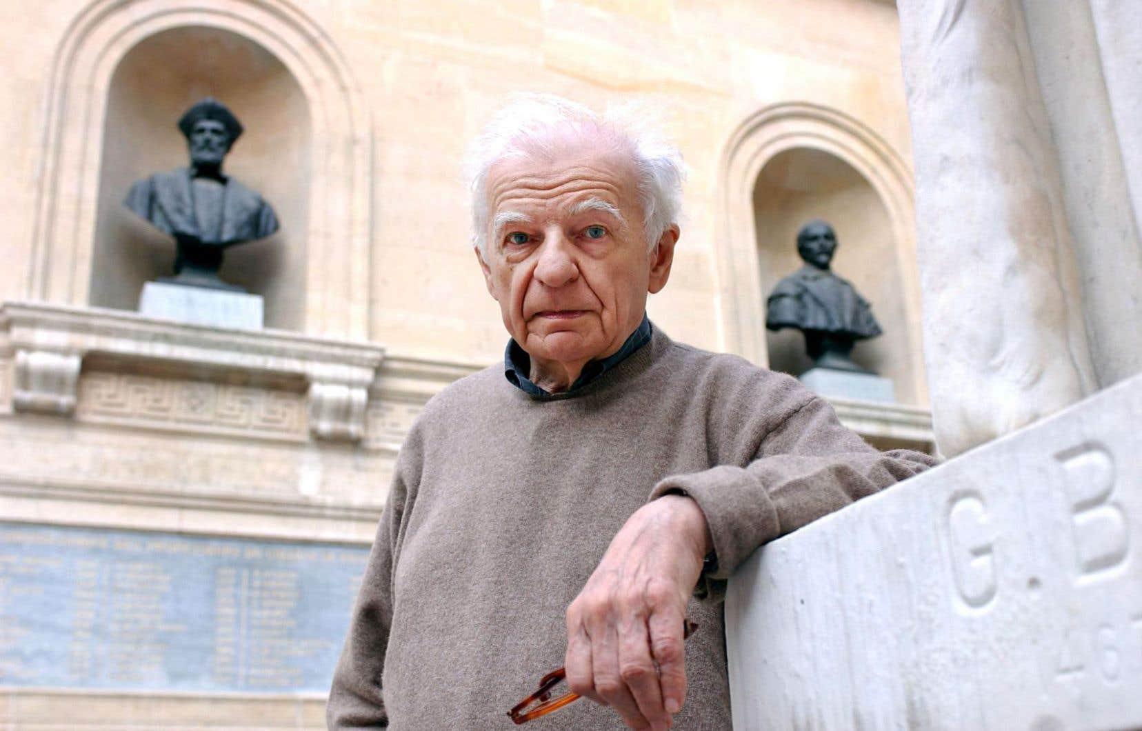 Véritable incarnation de la poésie française, Yves Bonnefoy a toujours accompagné son travail poétique de réflexions sur l'art.