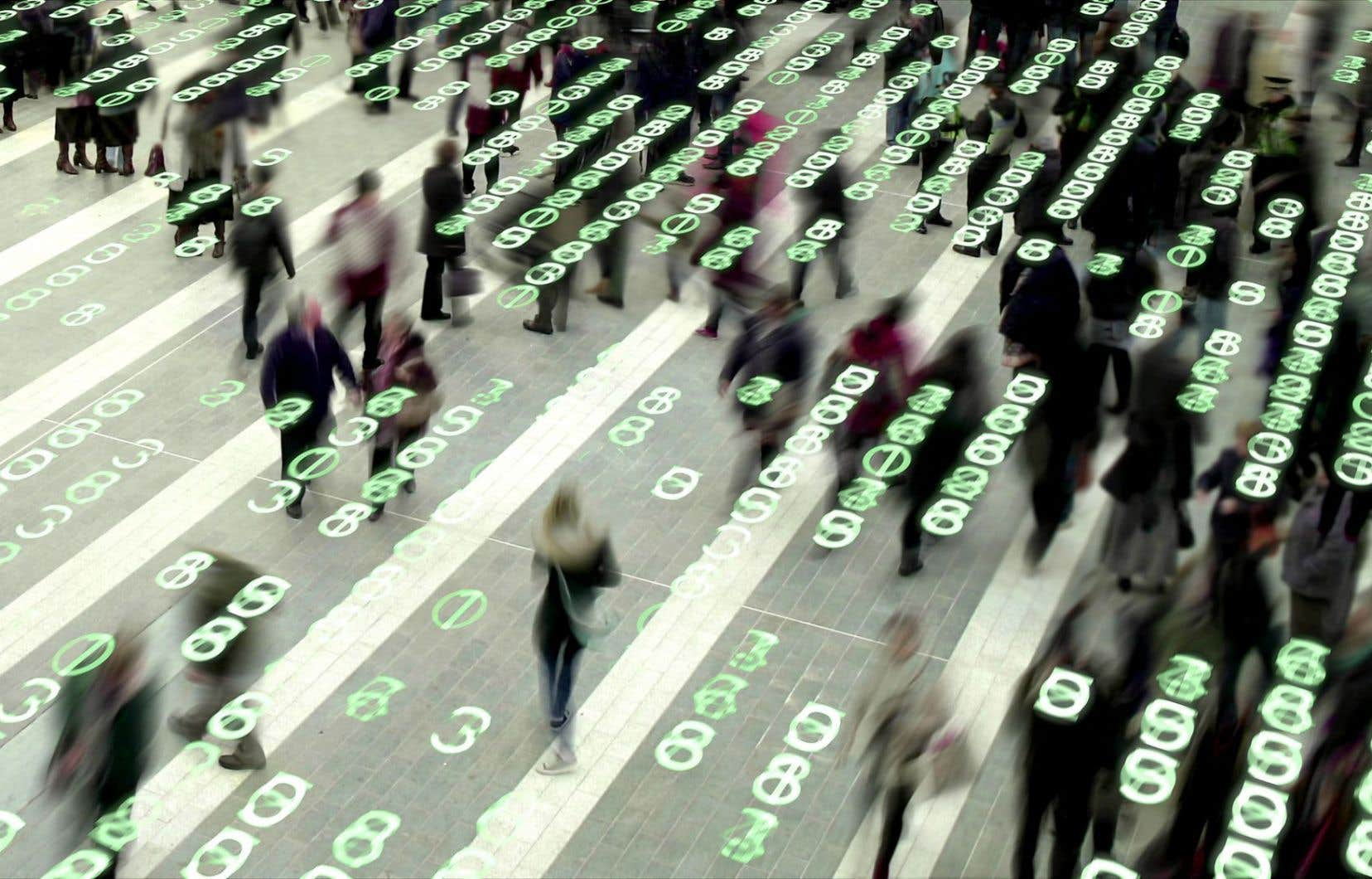 Chaque minute, environ 300000 tweets, 15millions de SMS, 204millions de courriels sont envoyés à travers le monde, tandis que deuxmillions de mots-clefs sont soumis à Google.
