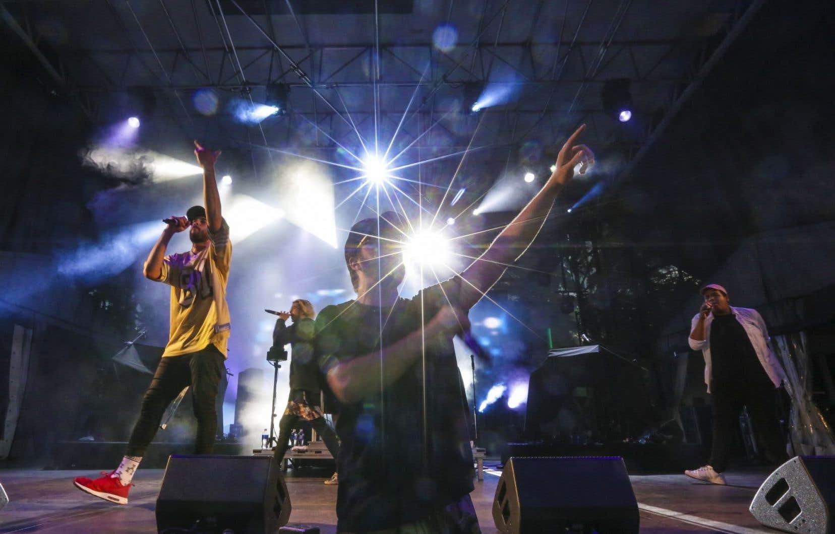 Le groupe Dead Obies le 13 juillet à Québec
