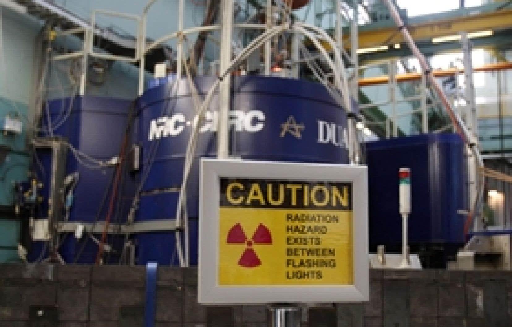 Énergie atomique du Canada limitée recevra 292 millions sur deux ans pour mettre au point son réacteur CANDU avancé et assurer la sécurité de la centrale de Chalk River.