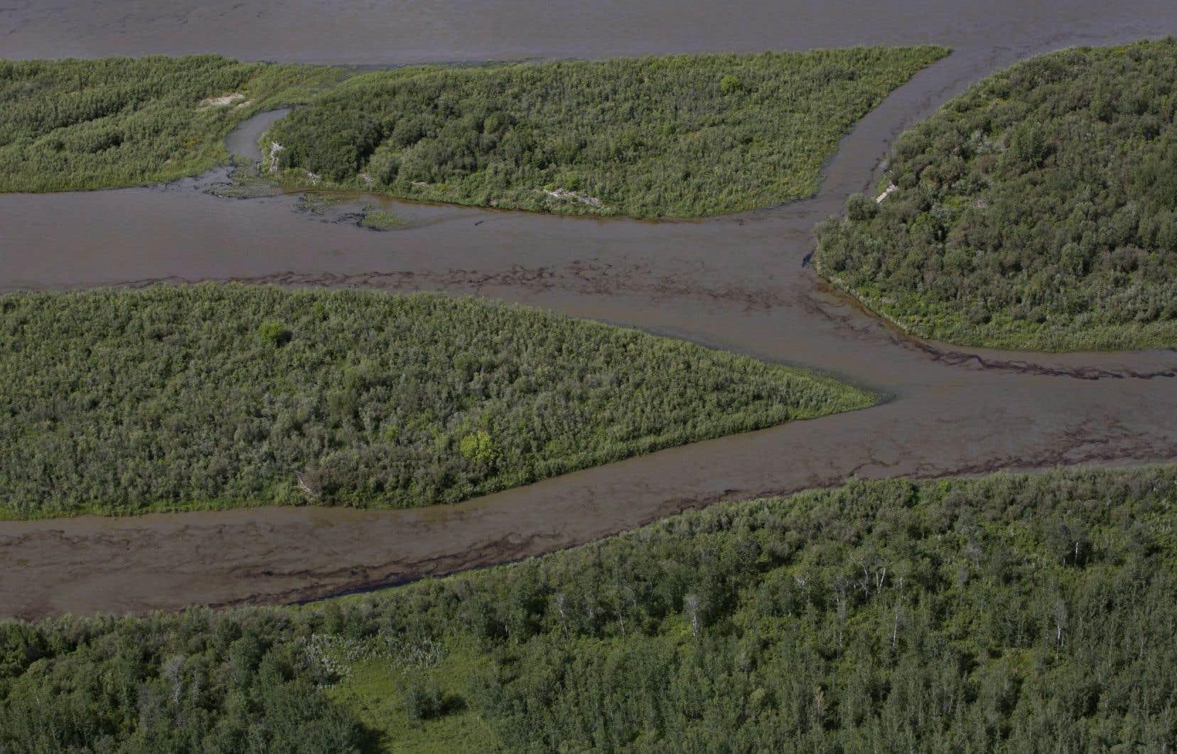 Les autorités de la Saskatchewan ignorent combien de temps nécessitera le nettoyage de l'eau souillée.