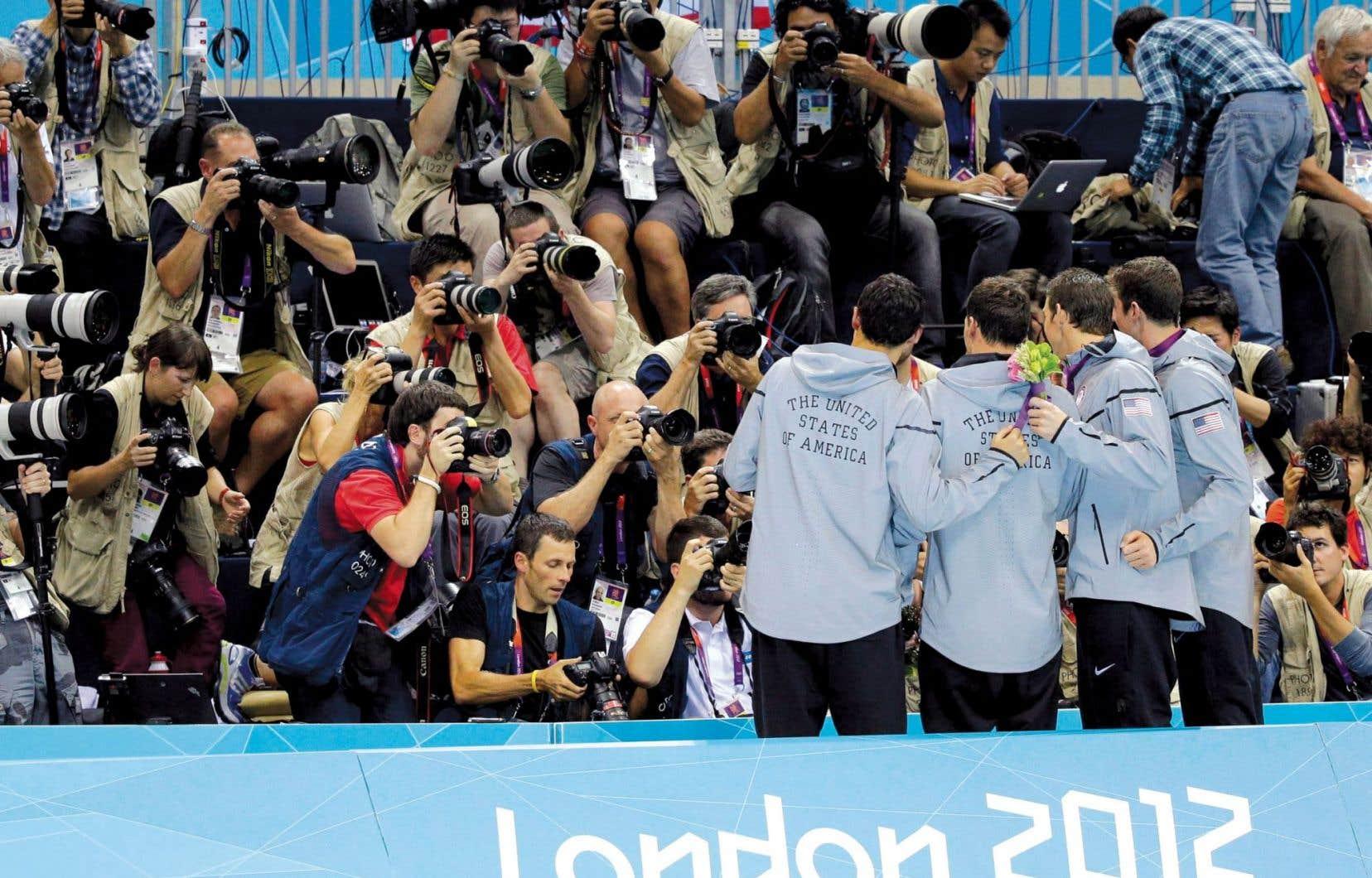 La diffusion d'événements sportifs en direct à la télévision est rassembleuse.