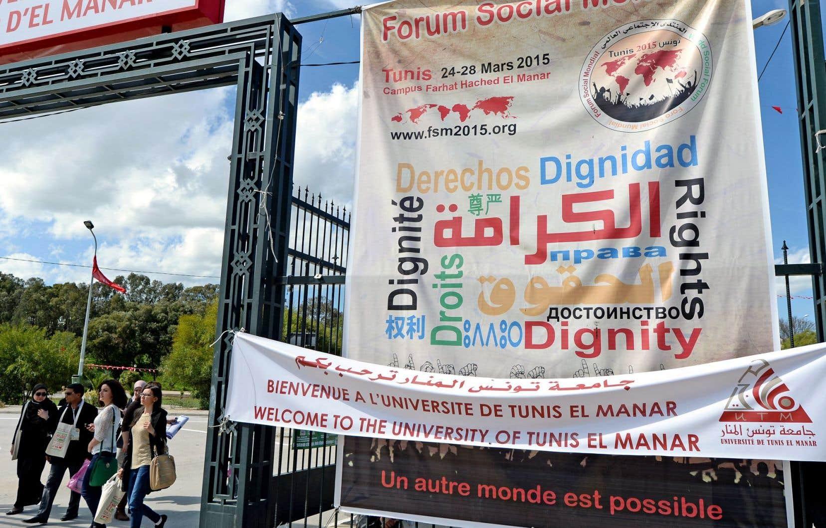 C'est la première fois que le FSM est organisé dans un pays du Nord et du G7. Il a eu lieu en Tunisie l'année dernière (photo ci-dessus).