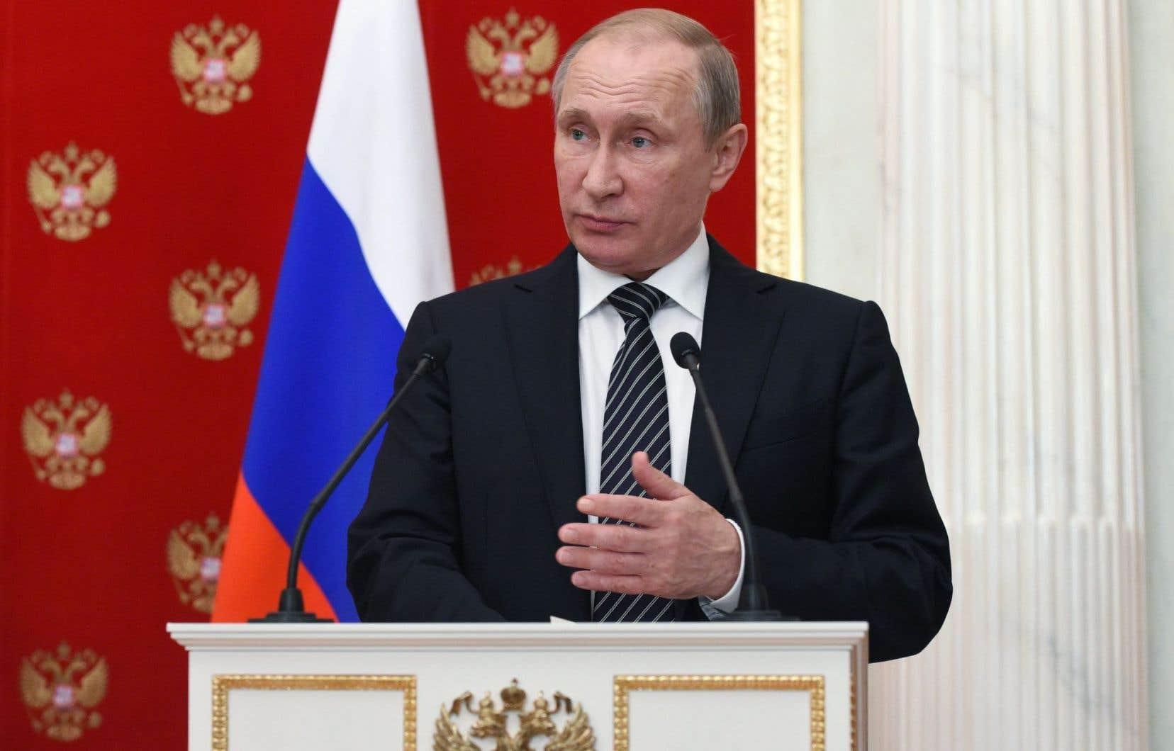 Pour le président russe, Vladimir Poutine, «les gens qui se sont emparés du pouvoir à Kiev sont passés à la terreur».